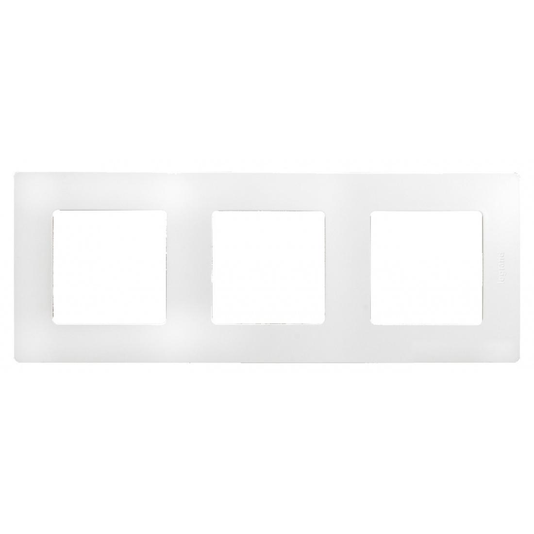 Рамка Legrand Etika 3-постовая, белый