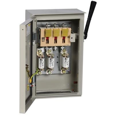 Ящик с рубильником и предохранителями ИЭК (IEK) ЯРП-100А 74 У1 IP54