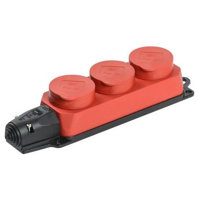 Розетка каучуковая ИЭК Омега, силовая, трехпостовая с защитными крышками IP44, красная