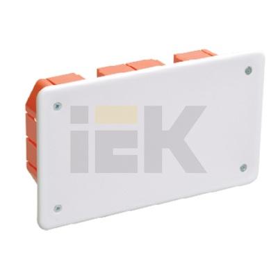 Коробка КМ41006 распаячная скрытой проводки для твердых стен 172x96x45 (с саморезами, с крышкой)